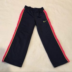 KIDS SIZE 4 NIKE SWEATPANTS
